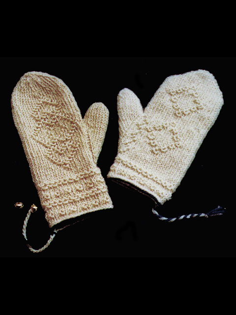 Twined Mittens